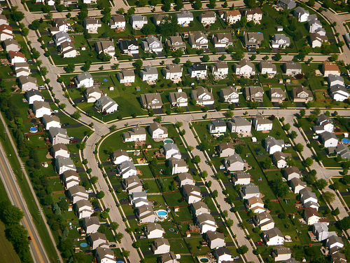 Chicago Suburbs for Living and Playing
